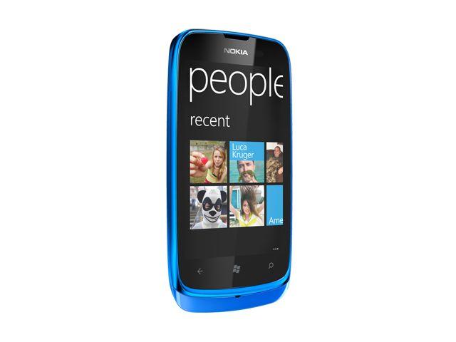 obsah balení Nokia Lumia 610 Cyan + záložní zdroj Nokia DC-16 ZDARMA