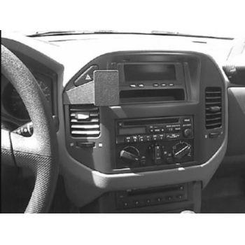 Brodit ProClip montážní konzole pro Mitsubishi Pajero 00-06/Montero 01-07, na střed