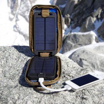 Solární nabíječka Solarmonkey Adventurer s panely a aku-bankou 2500mAh + UVMonkey zdarma